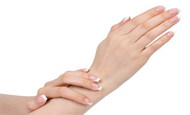 Amazing hand lift: mani sensuali col Radiesse